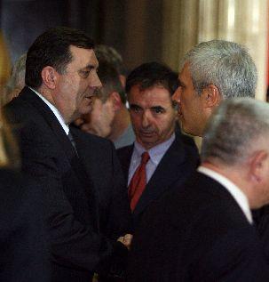 http://hrvatskifokus-2021.ga/wp-content/uploads/2014/05/Dodik-Pupovac-i-Tadic.JPG